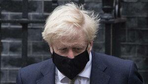 """""""Osiągnęliśmy kolejny kamień milowy"""". Brytyjski premier: Do końca lipca..."""