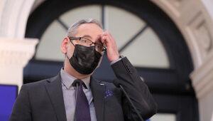 """""""Mutacja brytyjska wypiera inne warianty koronawirusa"""". Minister..."""