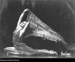 Najlepsze nogi II RP. Loda Halama i jej taniec