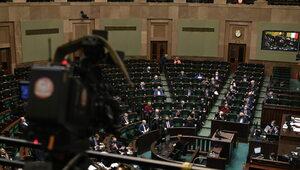 Sondaż: Zjednoczona Prawica deklasuje rywali. W Sejmie tylko cztery partie