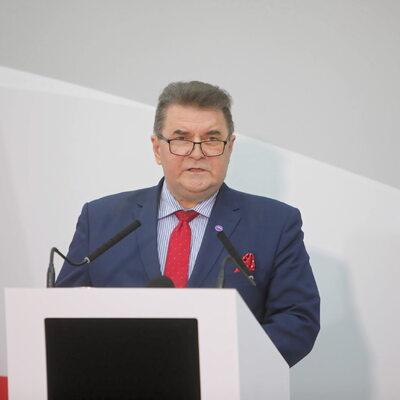 Prof. Krysiak: Polska działa globalnie, wyprzedzimy Niemcy i Francję