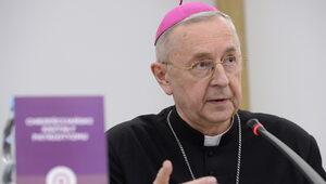 Episkopat w kleszczach politycznej poprawności