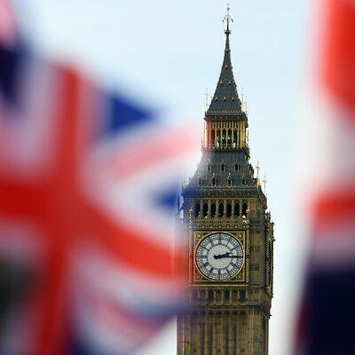 """Premier: """"Cholerni Polacy znowu ratują Londyn"""""""