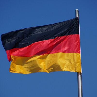 Niemcy: Duży wzrost przestępstw z nienawiści. Muzułmanie i Żydzi alarmują