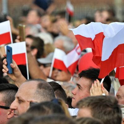 """Jak Polacy oceniają """"granie"""" onkologią? Jak powinna wyglądać kampania..."""
