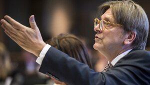 """""""Łączy was nienawiść do Europy"""". Verhofstadt atakuje polskiego premiera"""