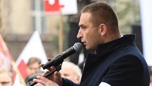 """""""Przypisywano mi bicie kobiet"""". Bąkiewicz pozywa m. in. portal """"Wyborczej"""""""