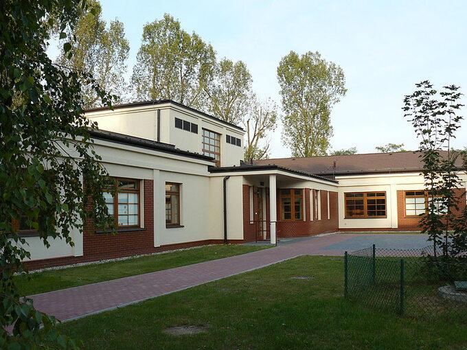 Ośrodek Szkolno-Wychowawczy dlaDzieci Niewidomych im. Róży Czackiej wLaskach
