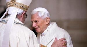 Franciszek realizuje testament Benedykta