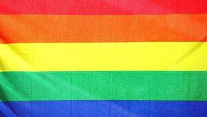 Sondaż: Jaki jest stosunek Polaków do par homoseksualnych?