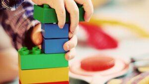 """Lego przeprowadziło """"genderowy audyt"""". Firma usuwa z zabawek skojarzenia..."""