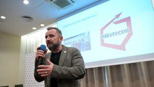 Liroy-Marzec sprawdza szanse swojego komitetu w wyborach samorządowych....