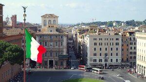W Rzymie i okolicach 90 proc. zakażonych koronawirusem to młodzież