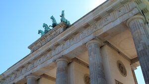 """Niemiecki dziennik: Polska """"kotwicą stabilności"""" dla Berlina"""