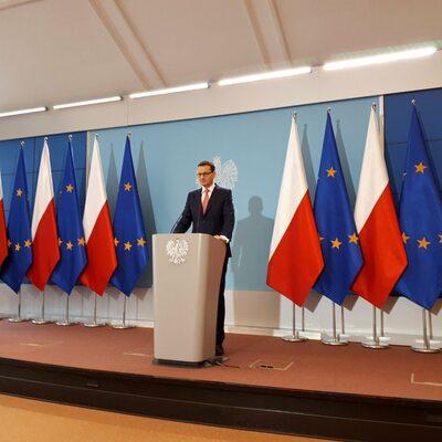 """Morawiecki podpisał dymisje kilkunastu wiceministrów. """"Chcemy jeszcze..."""