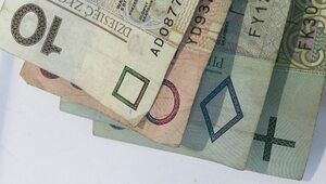 75% środków OFE na prywatne oszczędności emerytalne Polaków. KERM...