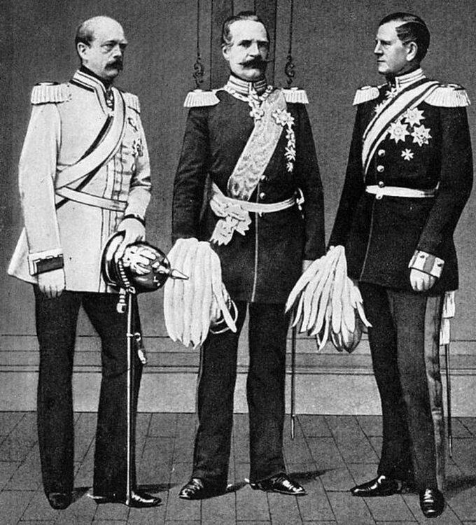 Otto von Bismarck, Albrecht von Roon iHelmuth von Moltke