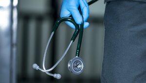 Laryngolog: W okresie pandemii warto wzmacniać barierę ochronną nosa