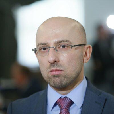 Były polityk PiS porównał Tuska do Roberta Lewandowskiego