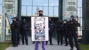 Protest pod siedzibą Sądu Najwyższego. Chodzi o sprawę Tulei