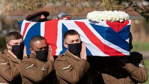 Pogrzeb stuletniego weterana, który zebrał 33 mln funtów na służbę zdrowia