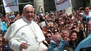 """Rozwodnicy z """"błogosławieństwem"""" od papieża?"""