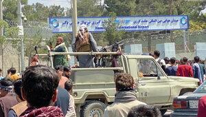 Afganistan: Talibowie powiesili ciało człowieka na dźwigu