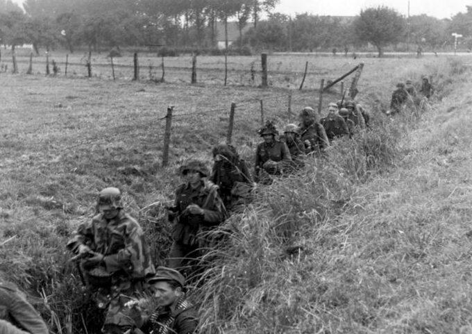 """Niemcy wczasie bitwy podArnhem. Operacja """"Market Garden"""""""