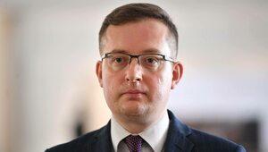 """""""To godzi w powagę państwa polskiego"""". Mocne wystąpienie Winnickiego ws...."""