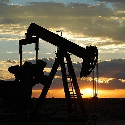 Ważna decyzja OPEC. Drożeje ropa, zyskuje rosyjski rubel