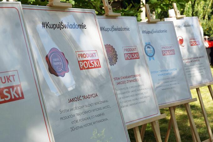 Tablice informujące ofunkcjonujących wPolsce iUE systemach jakości żywności