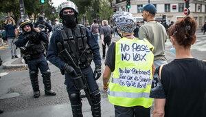 Francuzi przeciwko segregacji sanitarnej. Policja użyła gazu łzawiącego