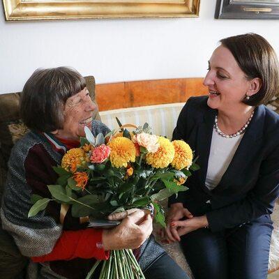 Dr Izabella Galicka odznaczona medalem Gloria Artis
