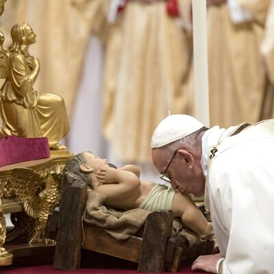 Papież Franciszek odprawił pasterkę. Padły mocne słowa