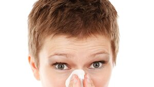 W dobie koronawirusa łatwiej leczyć alergię immunoterapią podjęzykową