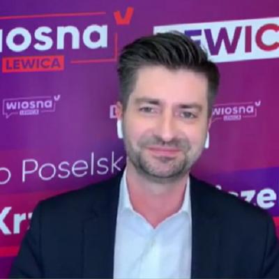 """""""Miłosny uścisk między PO i PiS"""". Ostra dyskusja polityków w stacji TV"""