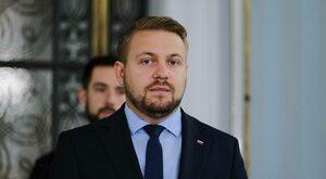Solidarna Polska zostaje w rządzie. Wiceminister tłumaczy dlaczego