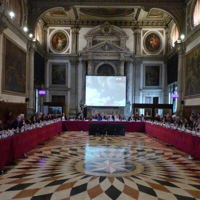 Komisja Wenecka przyjęła opinię ws. ustawy o TK