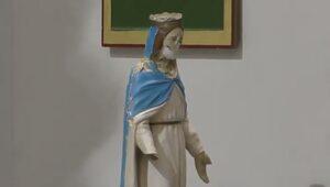 Peregrynacja okaleczonej przez dżihadystów figury Matki Bożej na...