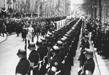 "1 Dywizja Pancerna SS ""Leibstandarte SS Adolf Hitler""."