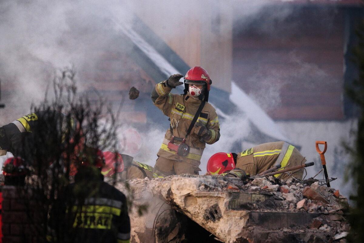 Akcja ratunkowa w miejscu wybuchu gazu w Szczyrku