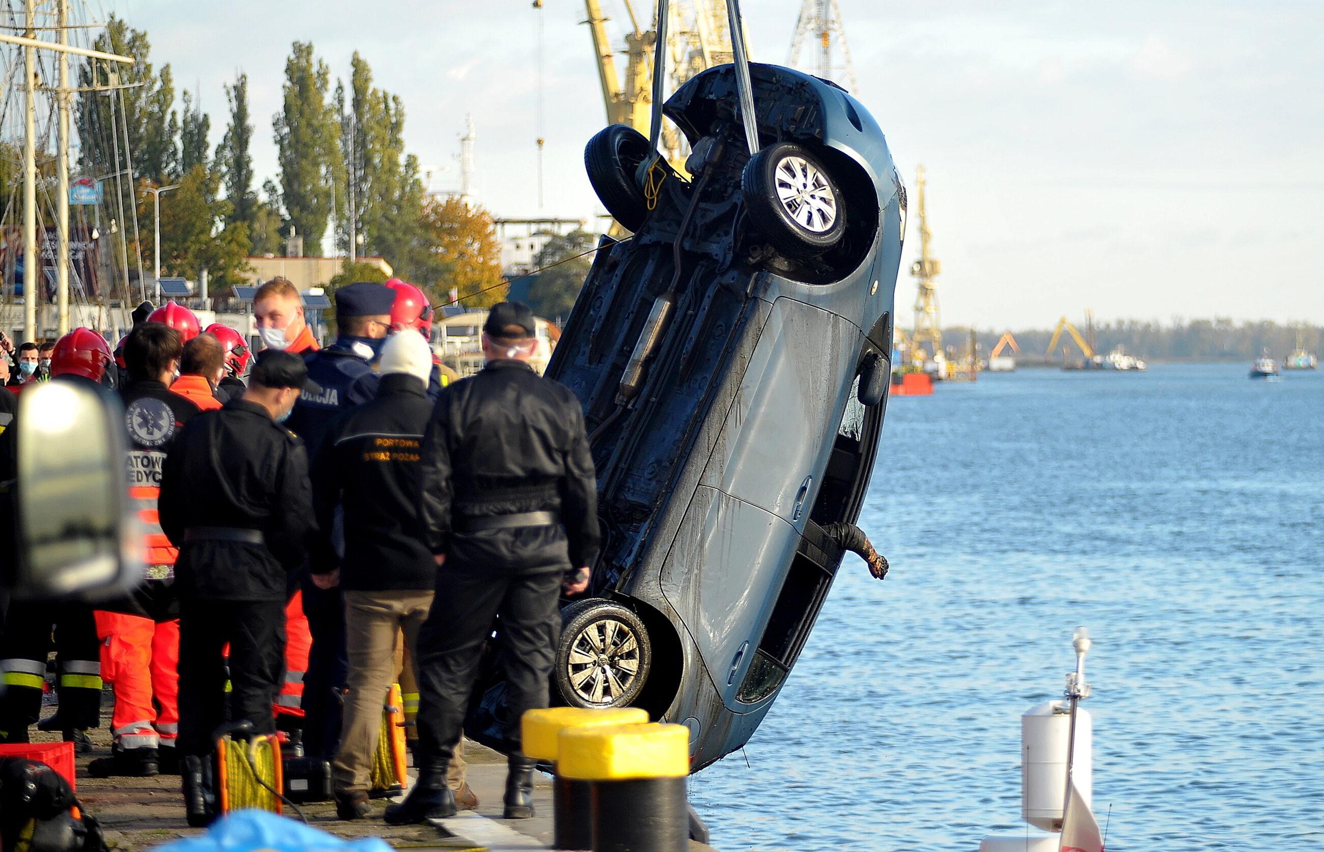 Akcja służb na miejscu wypadku