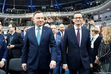 Andrzej Duda i Mateusz Morawiecki podczas Kongresu 590