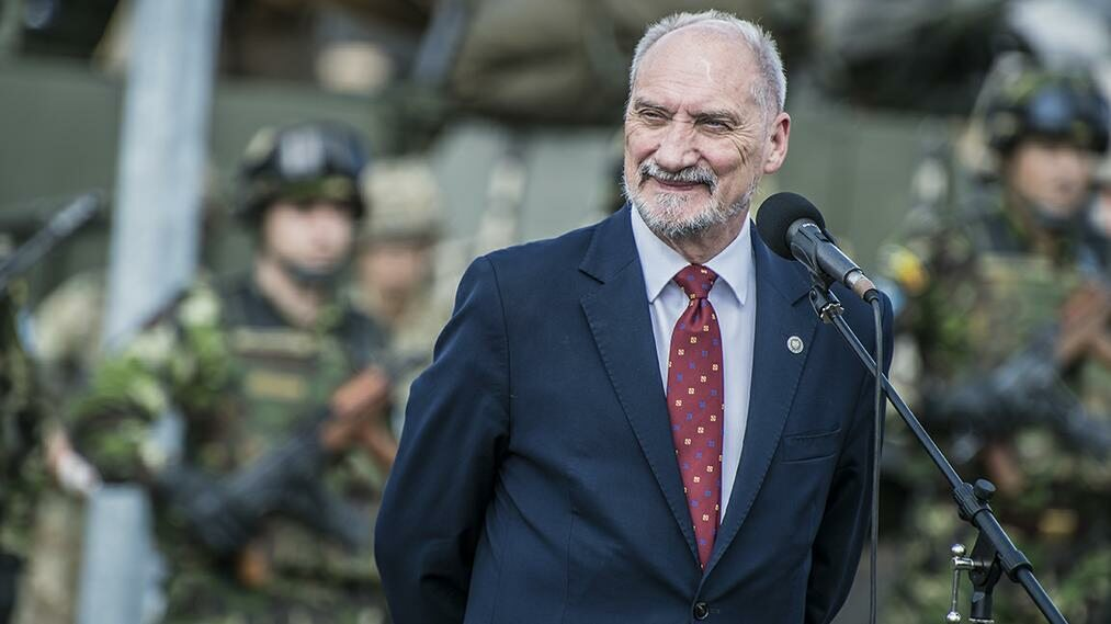 Antoni Macierewicz, szef MON