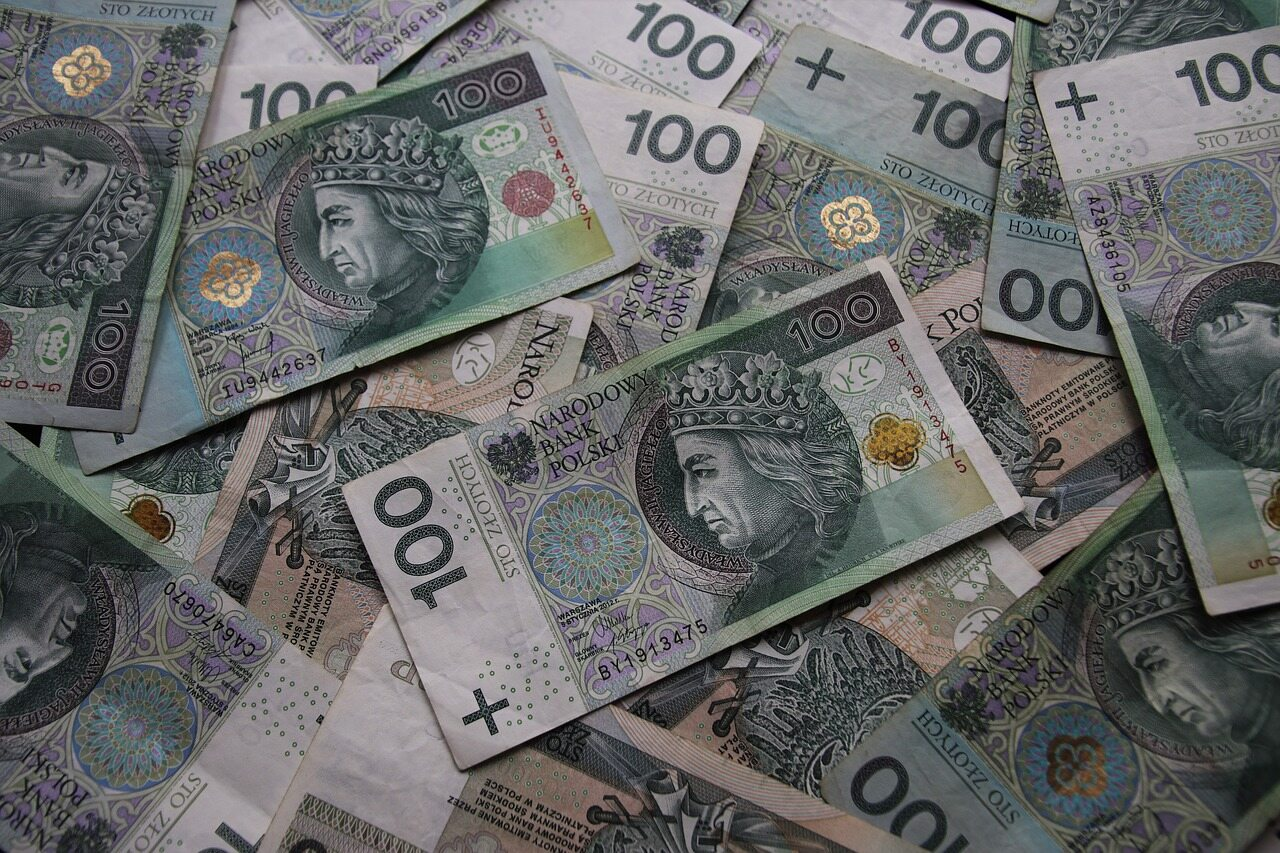Banknoty, zdj. ilustracyjne