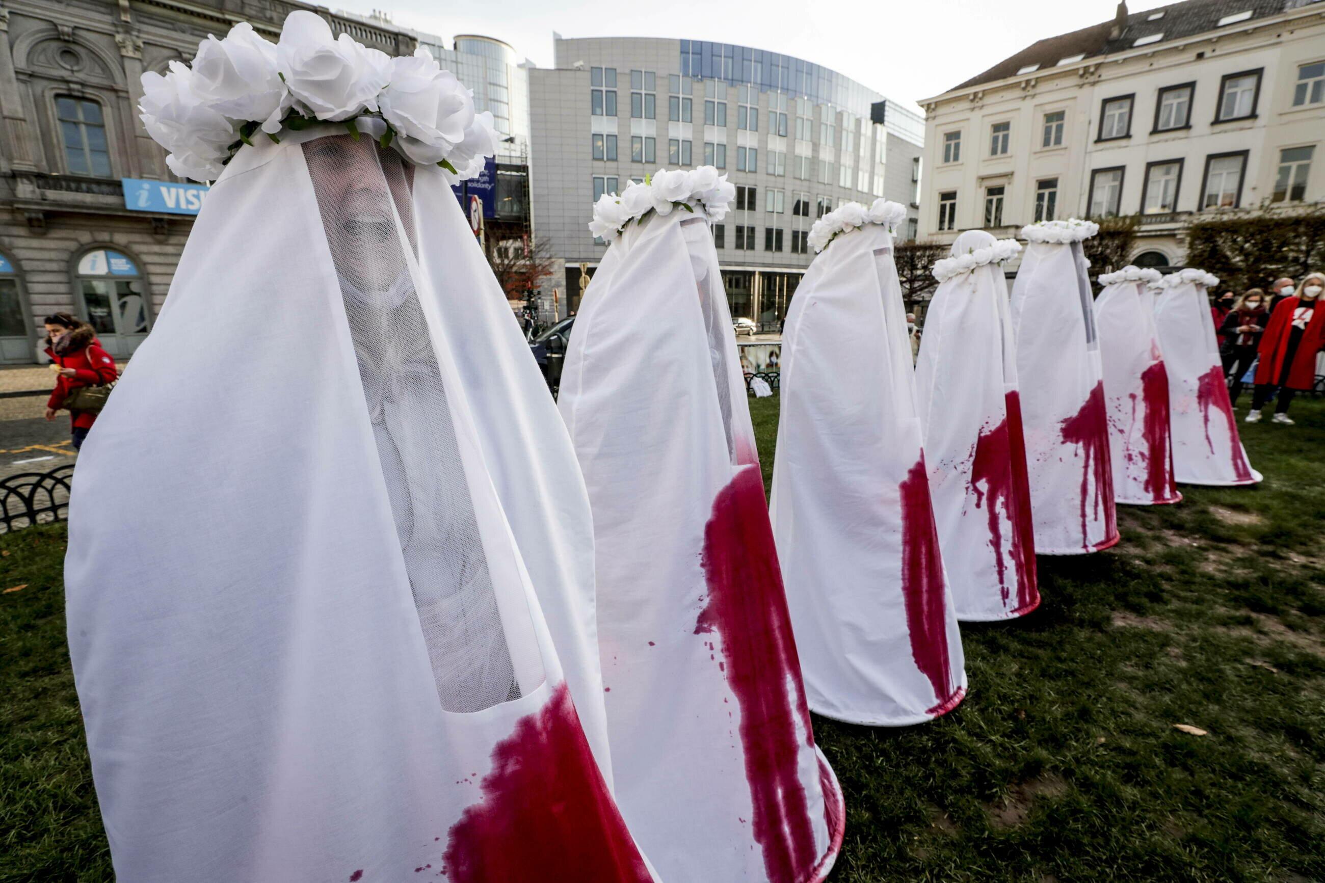 Bruksela. Demonstracja poparcia dla Strajku Kobiet i walki o prawo do aborcji w Polsce.