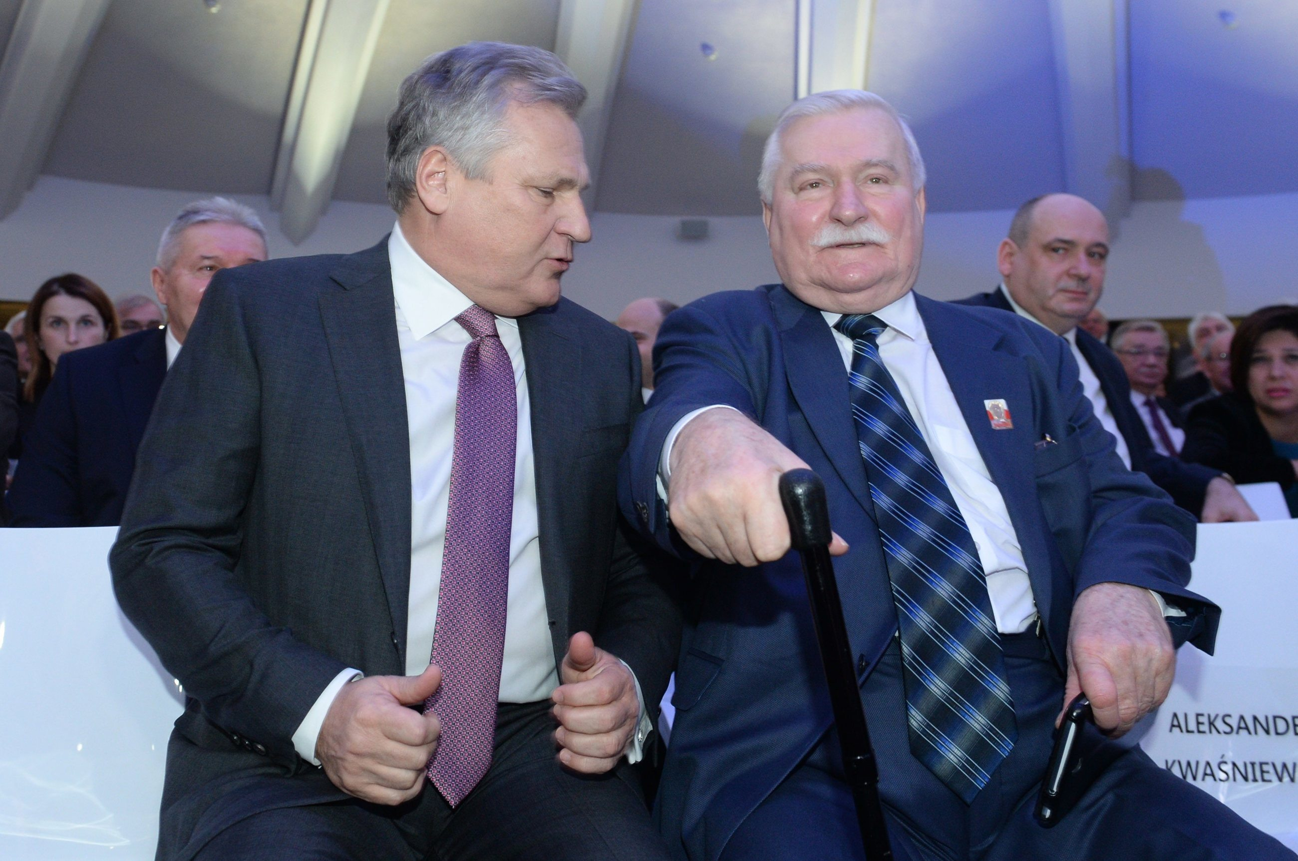 Byli prezydenci Aleksander Kwaśniewski i Lech Wałęsa