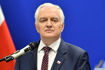 Były wicepremier, minister rozwoju, pracy i technologii Jarosław Gowin podczas konferencji prasowej w Warszawie