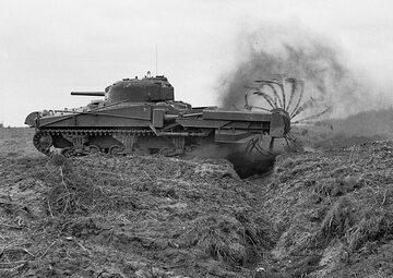 Czołg Sherman Crab Mk II w akcji