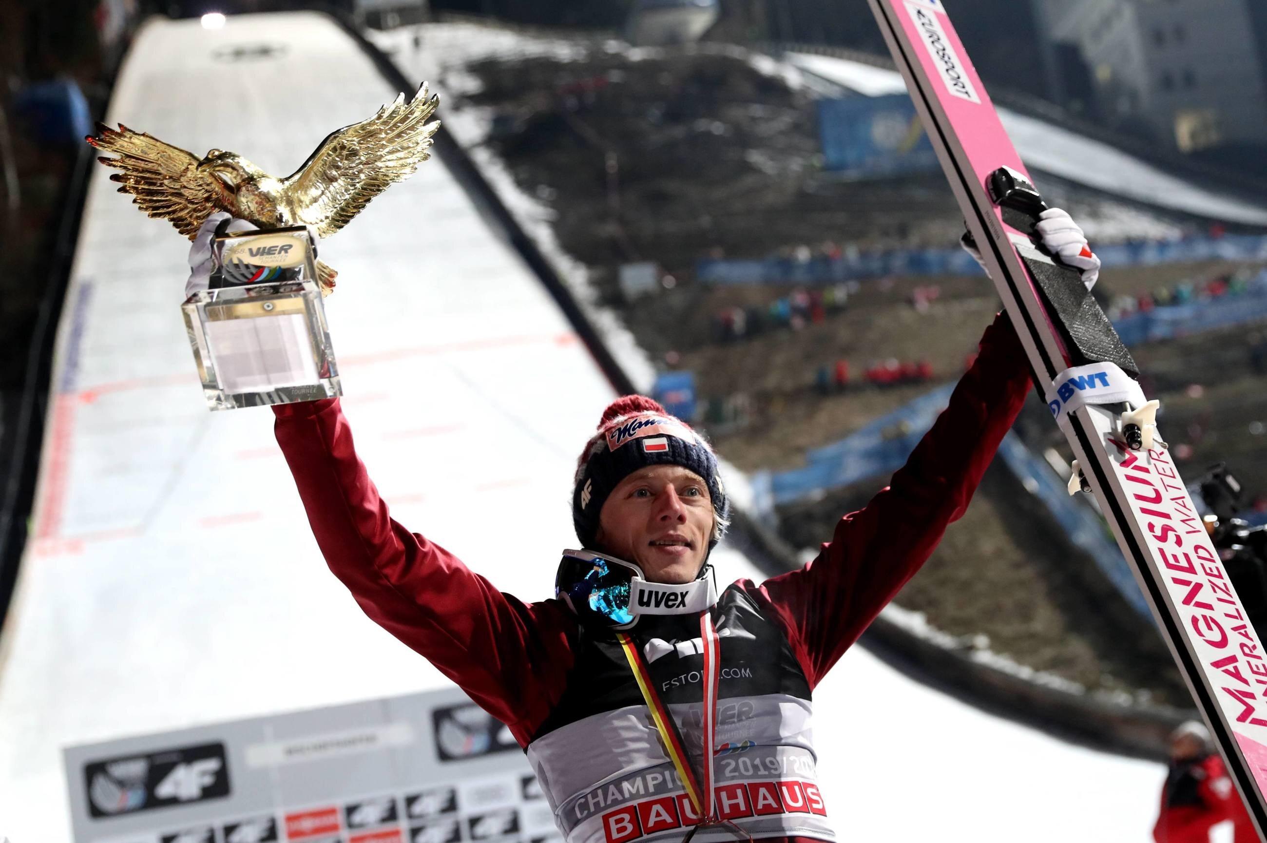 Dawid Kubacki wygrał Turniej Czterech Skoczni